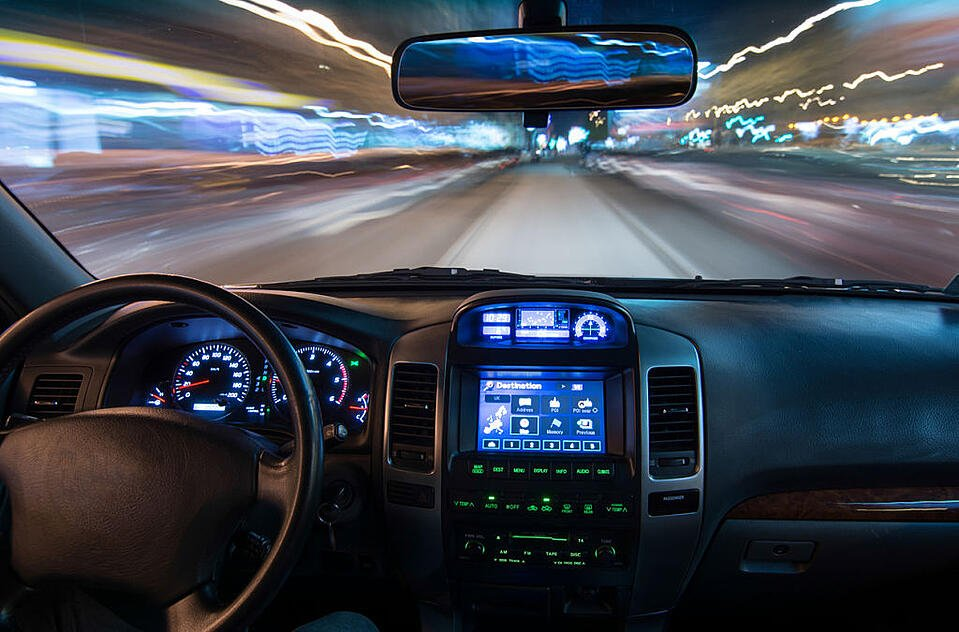 Case_study_infotainment_system_image
